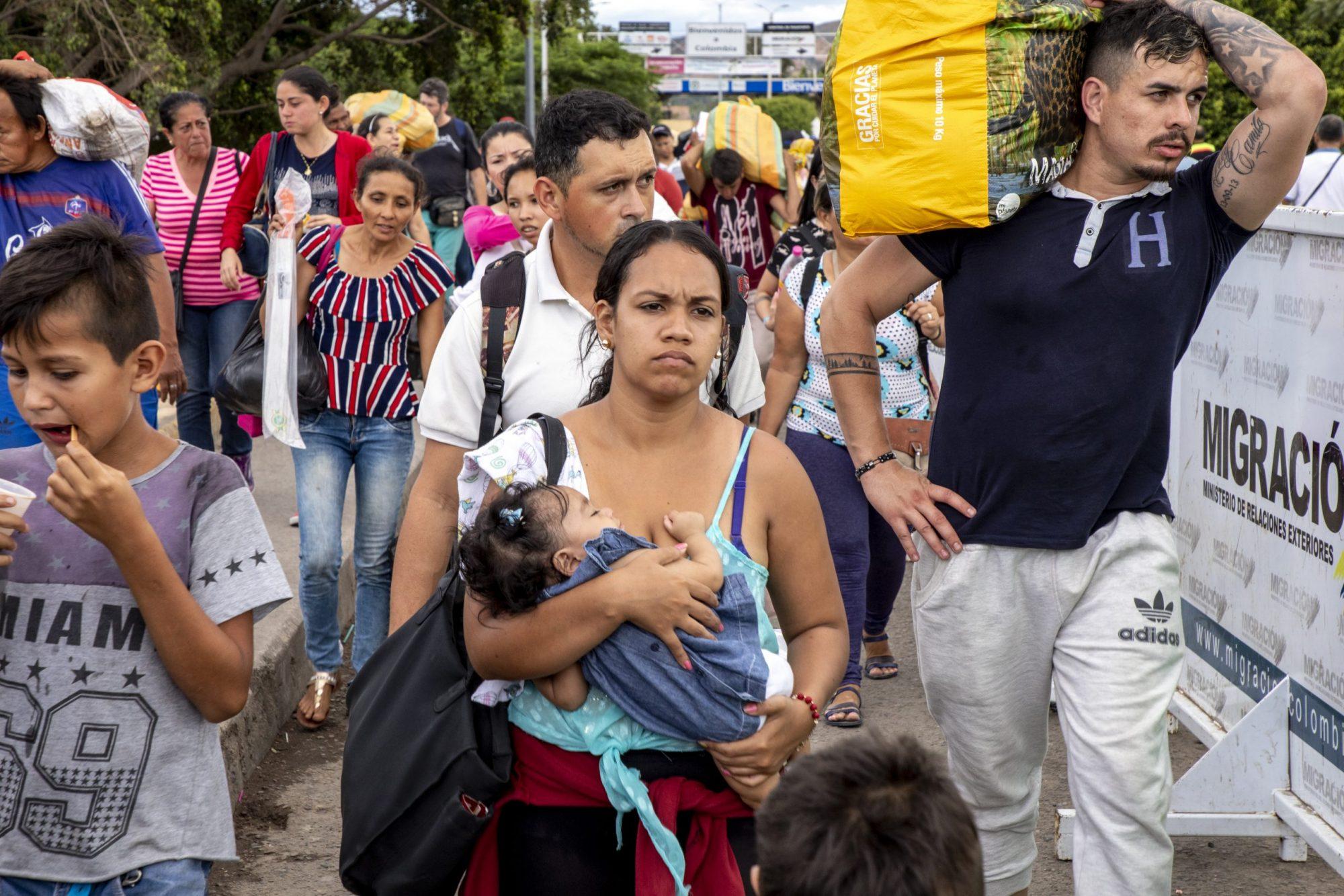2010 June - Economic war in Venezuela (IMB.org)