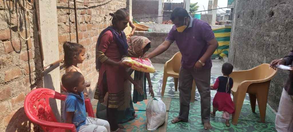 Photo from a recent Send Relief food distribution during the COVID-19 crisis in India. Send Relief photo